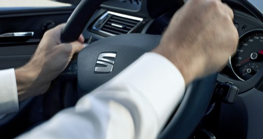 system-ropoznawania-zmeczenia-i-aystent-pasa-technologie-bezpieczenstwa-w-seat-leon-5d