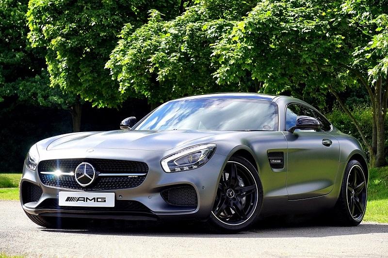 Mercedes w wynajmie długoterminowym - czy to się opłaca?