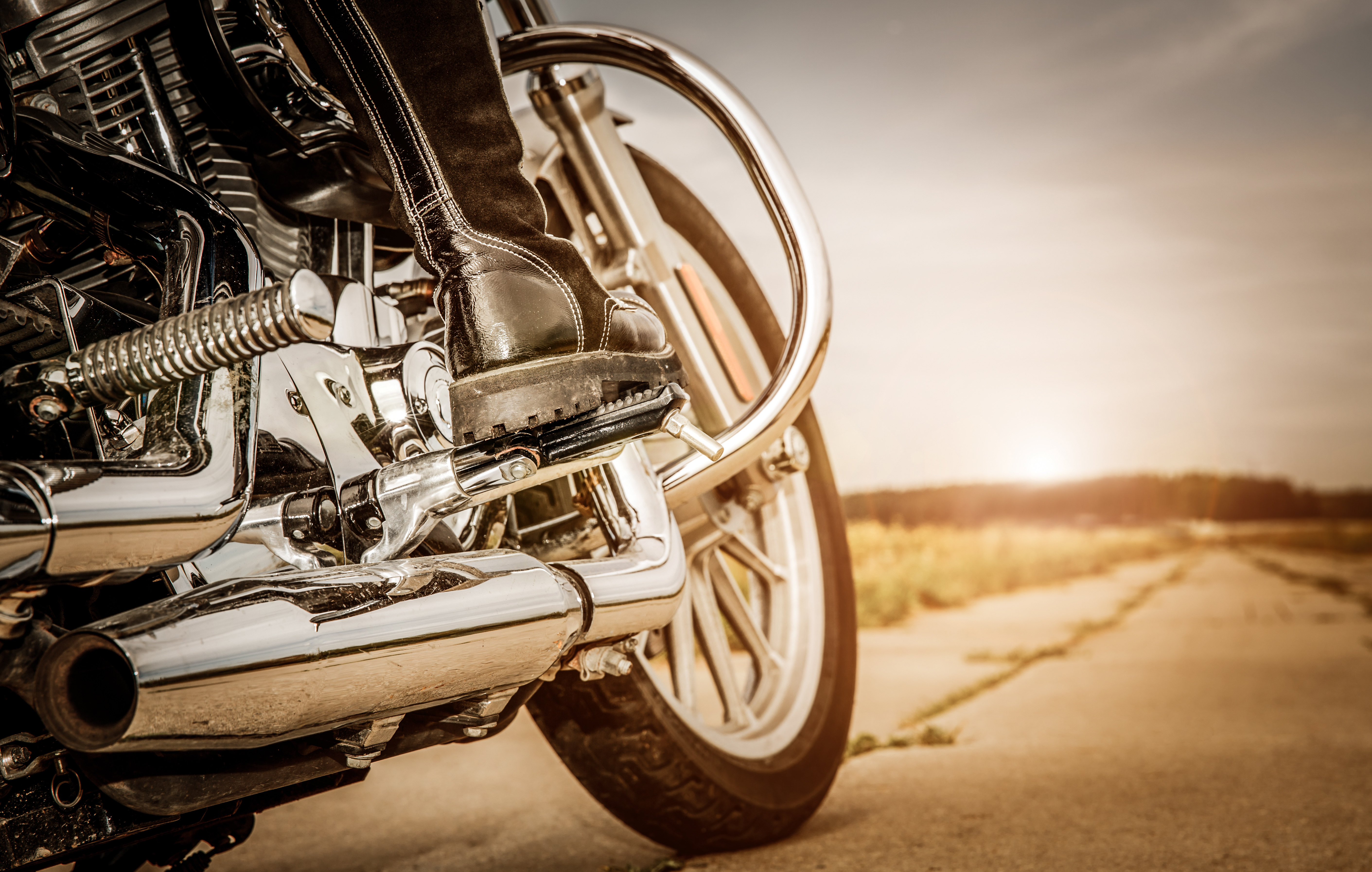 Jak wybrać odpowiedni tłumik do motocykla?